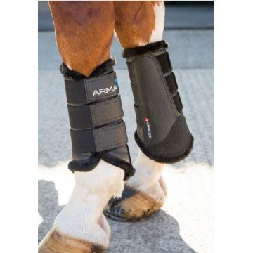 Arma Furlined brushing Boots